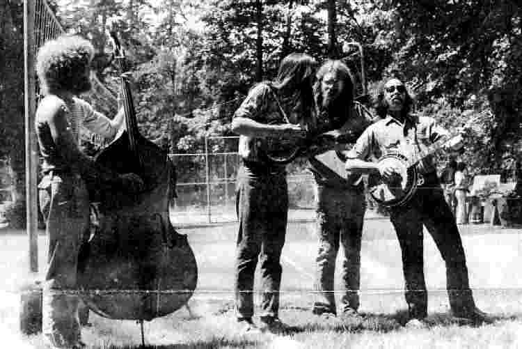 Turkey Run playing Bluegrass at the Talisman Faire in Oakridge - June, 1974 - Photo Courtesy of Robert Adler